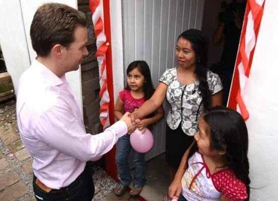 Construirán en Chiapas 1,400 'Cuartos Rosas'
