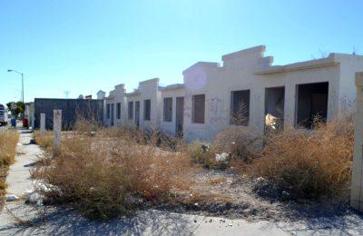 Analizan emprender sanciones contra desarrolladores por vivienda abandonada