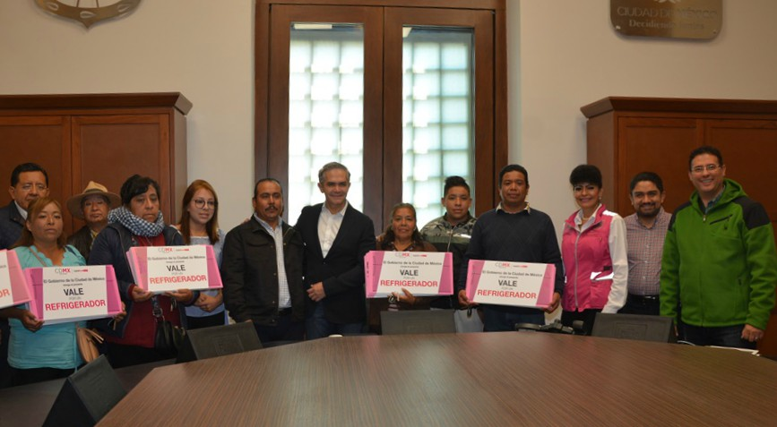 Entregó GCDMX 5 viviendas en Xochimilco