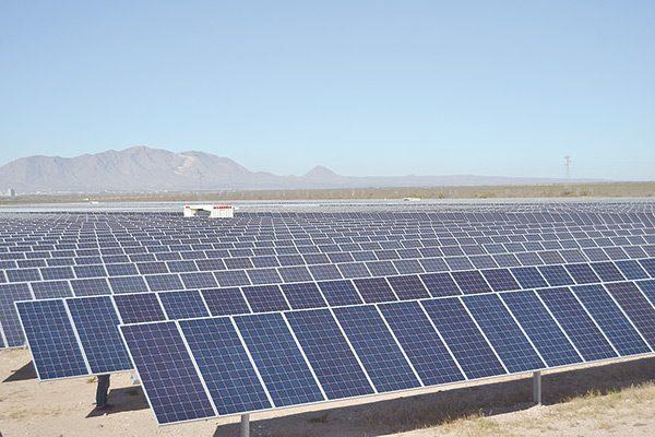 Presentan avances del parque fotovoltaico en Sonora