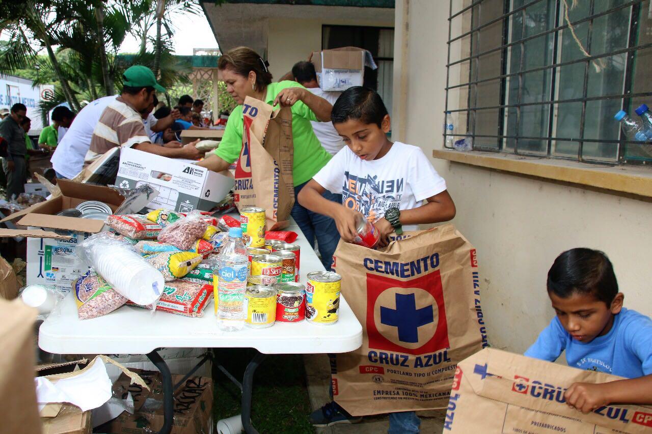 Brinda Cooperativa La Cruz Azul apoyo a damnificados por terremoto