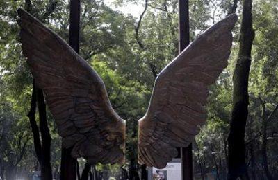 Emblemática escultura 'Las alas de México' cambia de sede