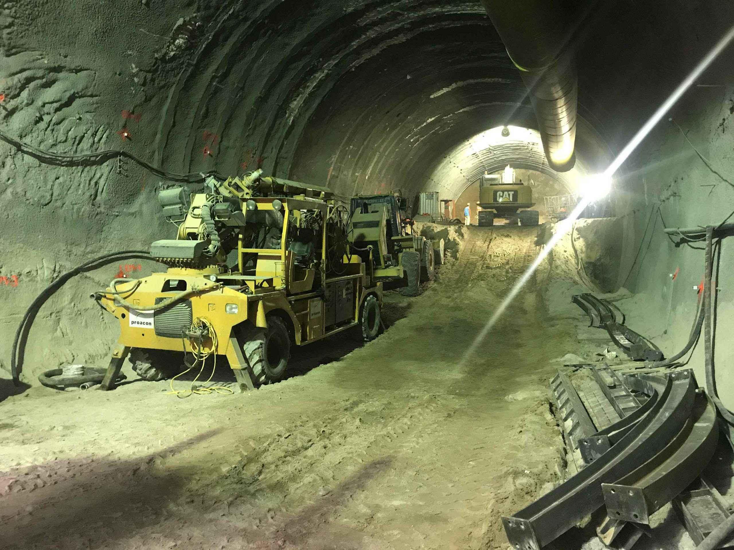 Ampliación de la Línea 12 del Metro con avance global de 21%