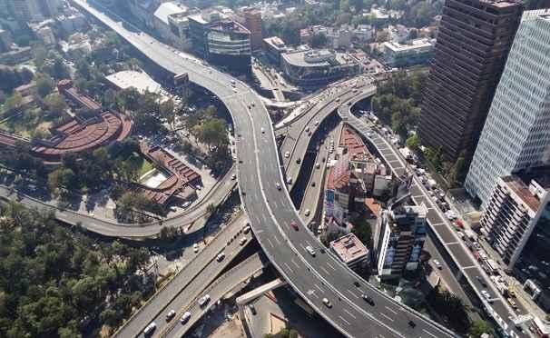 Gobierno capitalino niega daño estructural en Autopista Urbana Norte