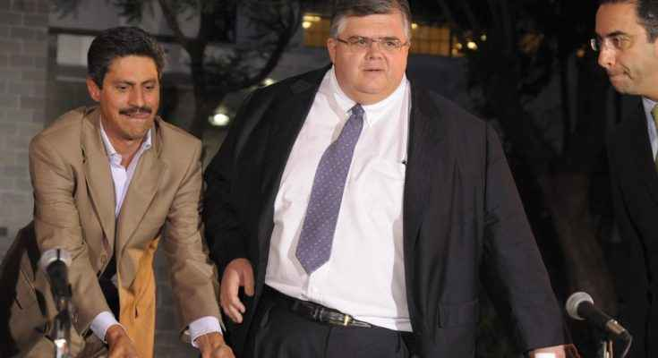Renuncia Agustin Carstens a Banxico