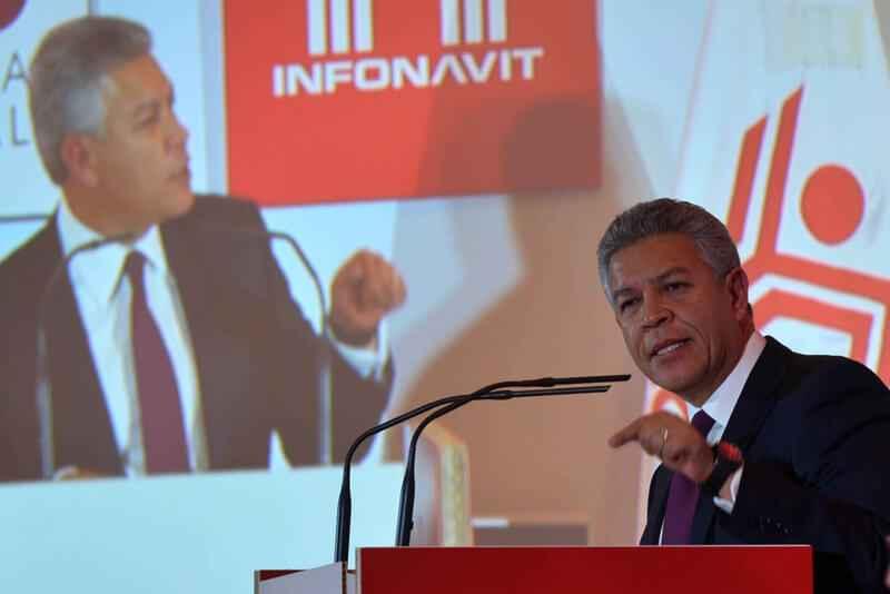 Infonavit con finanzas sanas y plan ambicioso para 2017: Penchyna