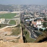 Cierre de la frontera norte por pandemia impulsó comercio mexicano