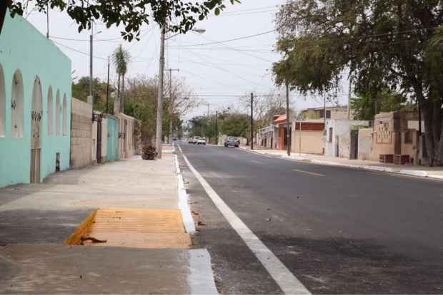 Continúan rehabilitación de calles en Mérida