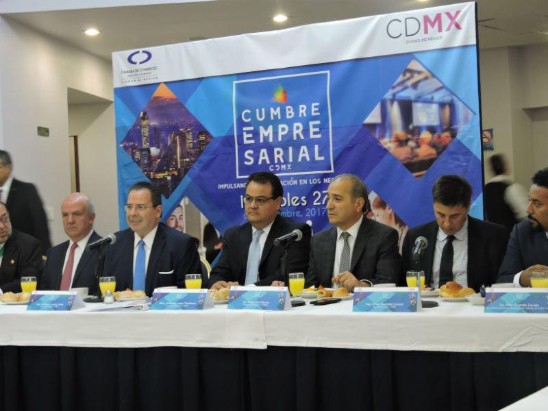 Gobierno y empresarios van por el rescate de la CDMX