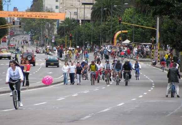 Promueven el uso de transportes sustentables en Bogotá