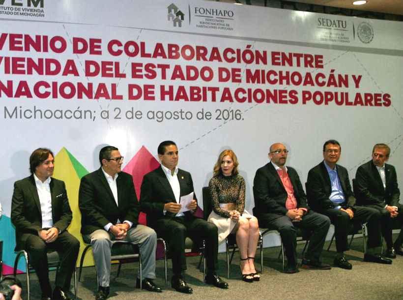 Fonhapo firma convenio con Michoacán por 100 mdp para realizar vivienda popular