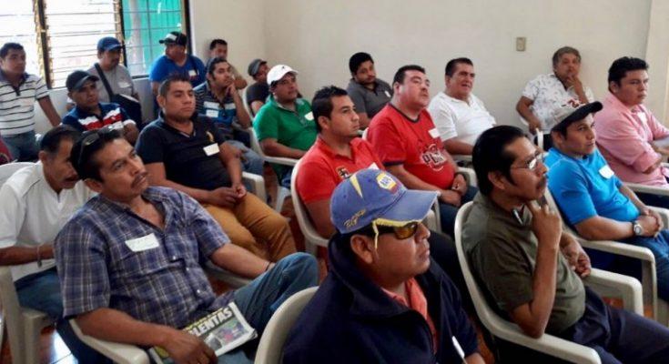 Imparten capacitaciones a choferes de Morelos