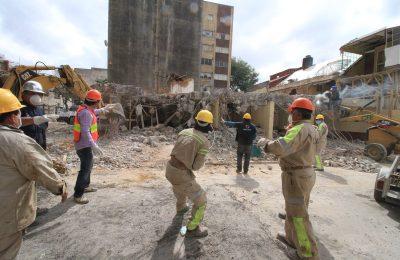 Entregan cuatro certificados de reconstrucción en CDMX