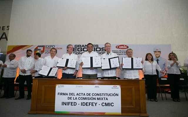Escuelas al CIEN atenderá a 1,150 escuelas yucatecas