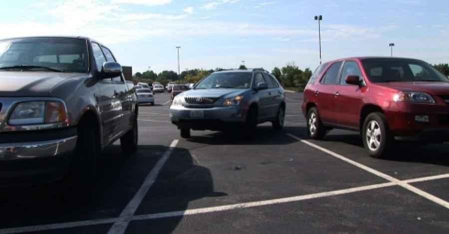 Publican nuevo reglamento de estacionamientos