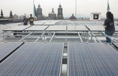 Instalan paneles solares en Palacio del Ayuntamiento