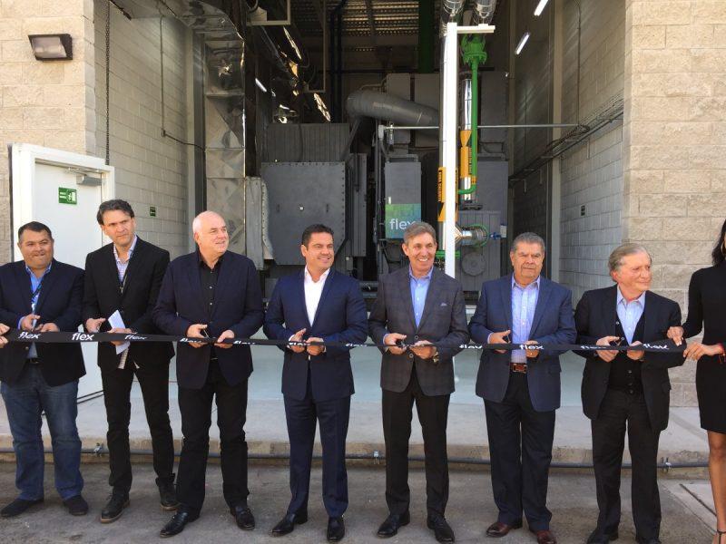 Inauguraron en Jalisco una planta de Flex-Nike