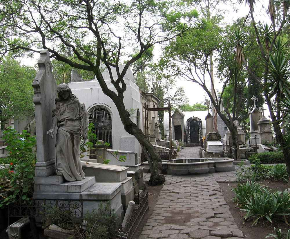 Alistan Segundo Coloquio Internacional de Historia, Arquitectura, Escultura, Urbanismo y Costumbres Funerarias