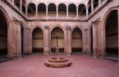 Analizan arquitectura novohispana civil y religiosa