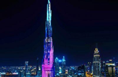 Mexicanos iluminan arquitectura del Burj Khalifa