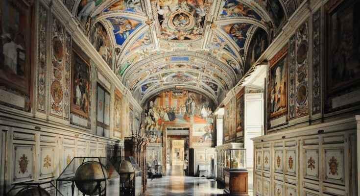 Muestran arquitectura vaticana en exposición