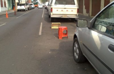 SSP-CDMX retira de objetos para apartar lugares de estacionamiento
