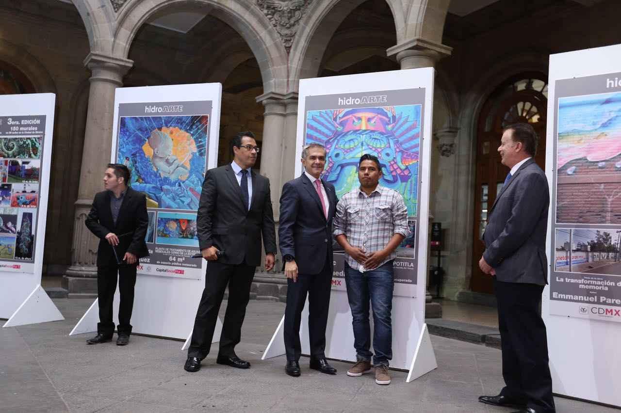 Premian a participantes del programa HidroArte