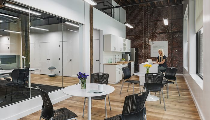El Hot Desking Transforma Los Modelos De Oficina Tradicional