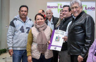 Entregan 196 escrituras en Juárez, Nuevo León