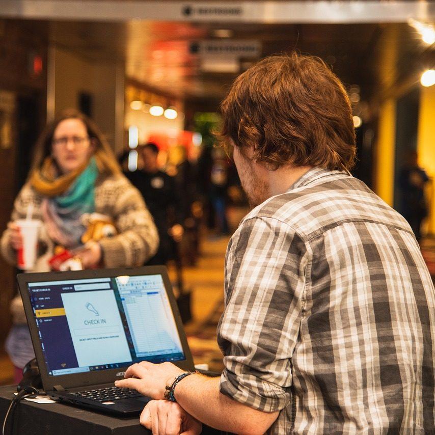 Pandemia impulso el uso de nuevas tecnologías en la industria hotelera: JLL