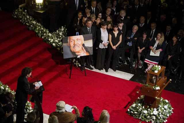 Despiden con homenaje a José Luis Cuevas