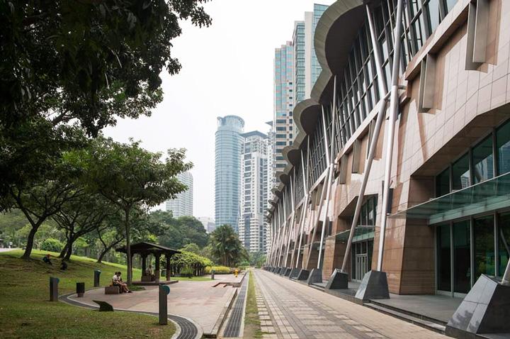 Destaca diseño de la actual sede del Foro Urbano Mundial
