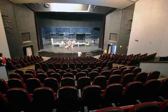 Alistan rehabilitación del Teatro Casa de la Paz