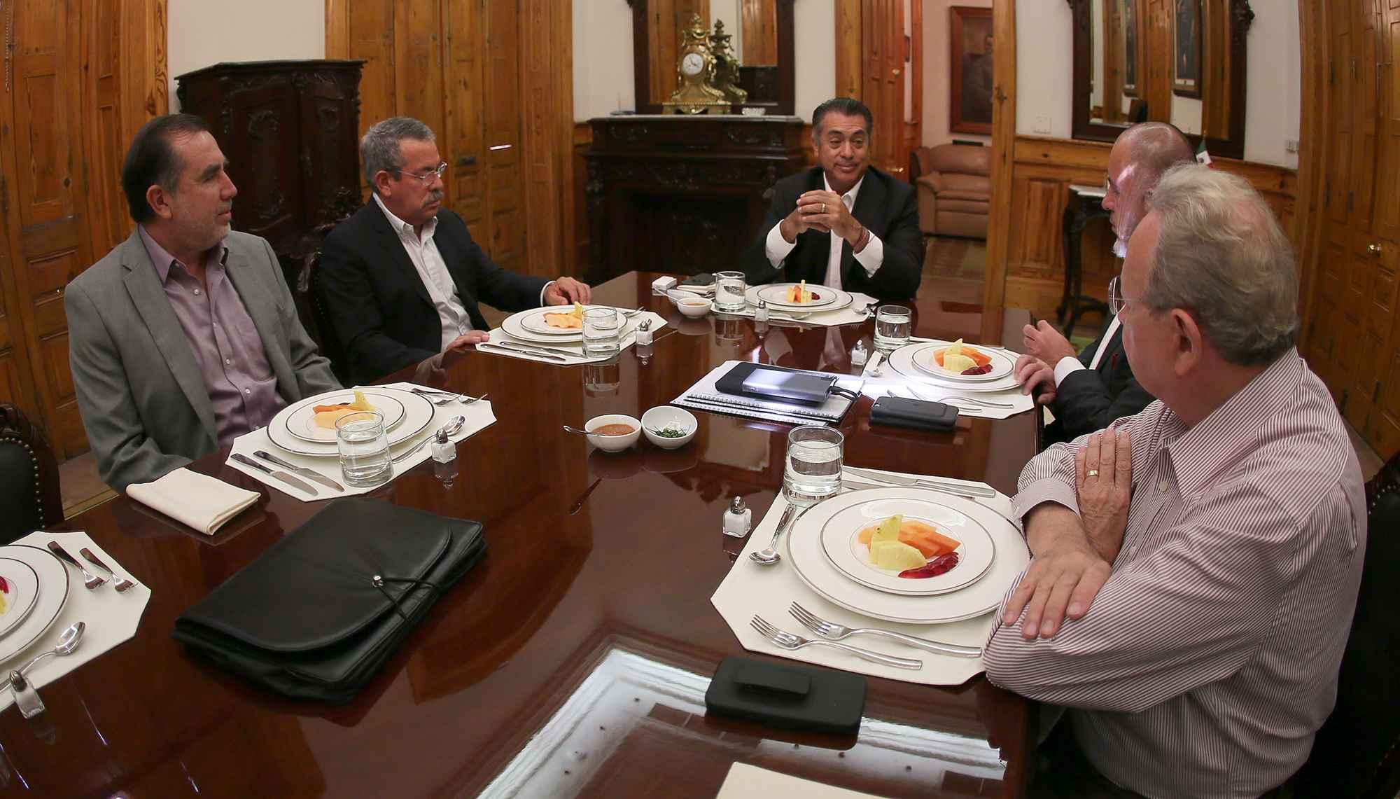 Firman acuerdo para conclusión de Línea 3 en Nuevo León