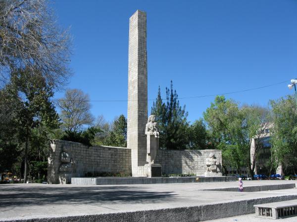 Entregan restauración del Monumento a la Madre en la CDMX