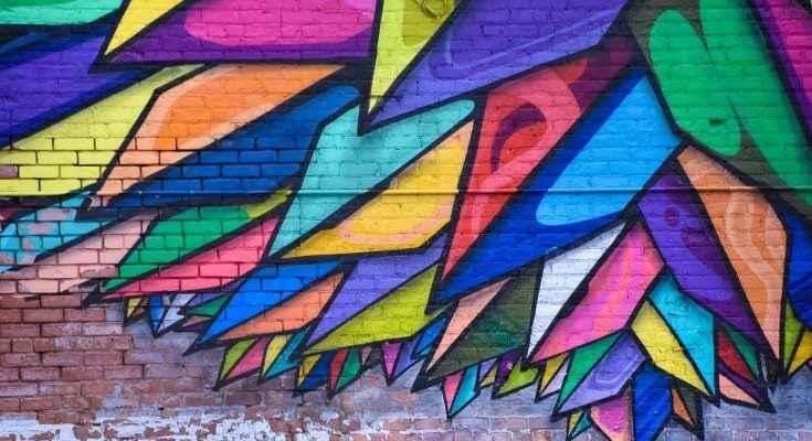 artistas-urbanos-pintar-murales-en-ciudades-del-pais