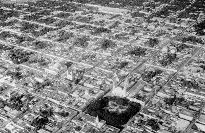 exposicion-muestra-el-desarrollo-de-ciudades-del-sureste-con-fotografias-aereas