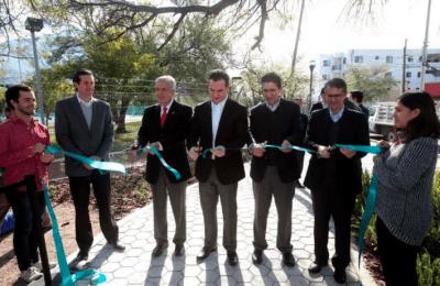 Inauguran parques de bolsillo en Monterrey