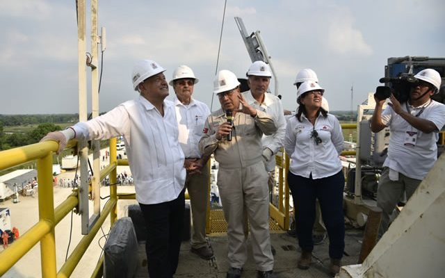 pemex-descubre-pozo-petrolero-500-millones-barriles