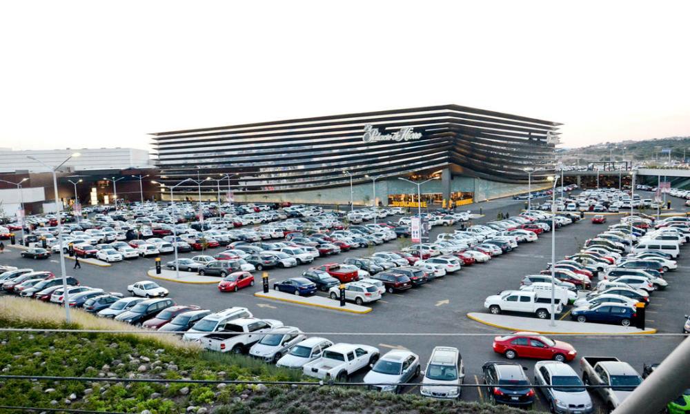 Estacionamientos en plazas de Ecatepec serán gratuitos por media hora