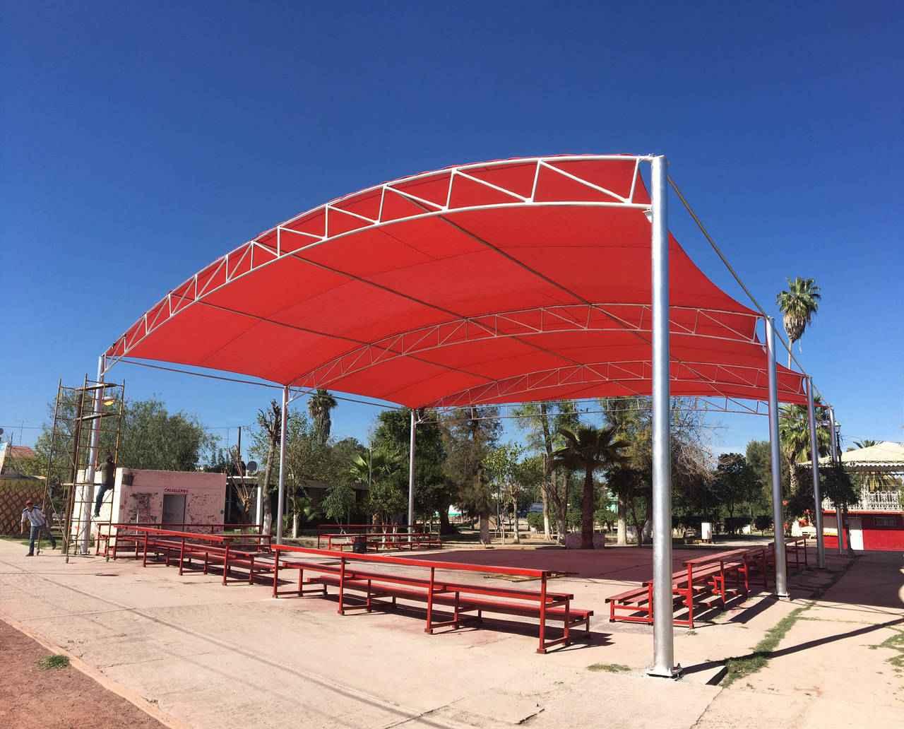Continúan con la renovación de la Plaza Hidalgo