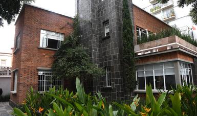 Gobierno de España entrega en comodato la Casa Luis Buñuel
