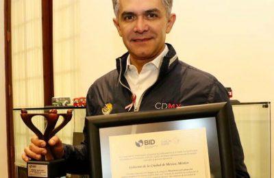 CDMX recibe premio por sistema de monitoreo de desarrollo