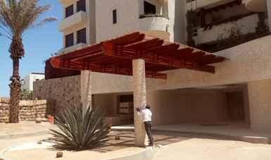 Clausuran construcción de hotel en Los Cabos