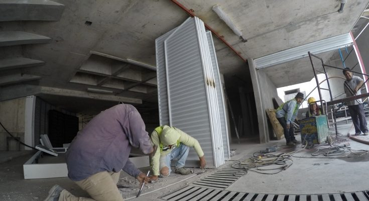 Cayeron remuneraciones medias en industria de la construcción
