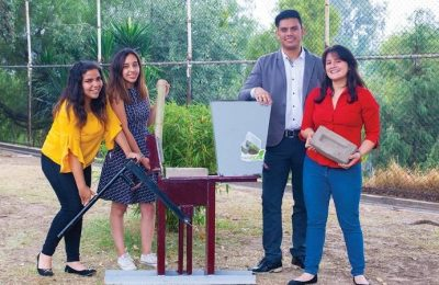 Estudiantes del IPN crearon máquina que fabrica tabiques de bambú