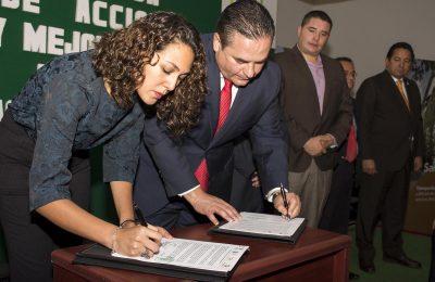 Gobierno de Tlalnepantla firma convenio para mejoramiento de movilidad