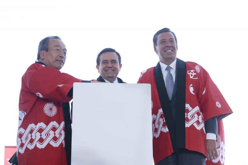 Garantizadas obras complementarias para planta de Toyota