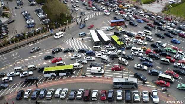 Publican guía para controlar velocidad en las calles