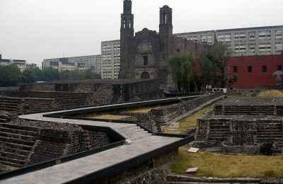 Abordarán la perspectiva arquitectónica de La Plaza de las Tres Culturas